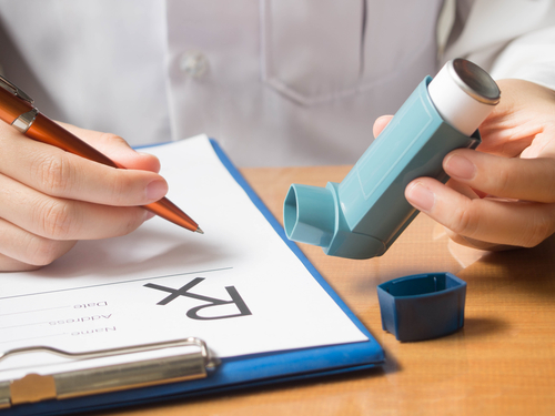 Doctors and Patients View Inhaler Devices as Less Important than COPD Medication, Survey Shows